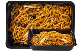 Zöldséges tészta (Chow-mein)  (6.)
